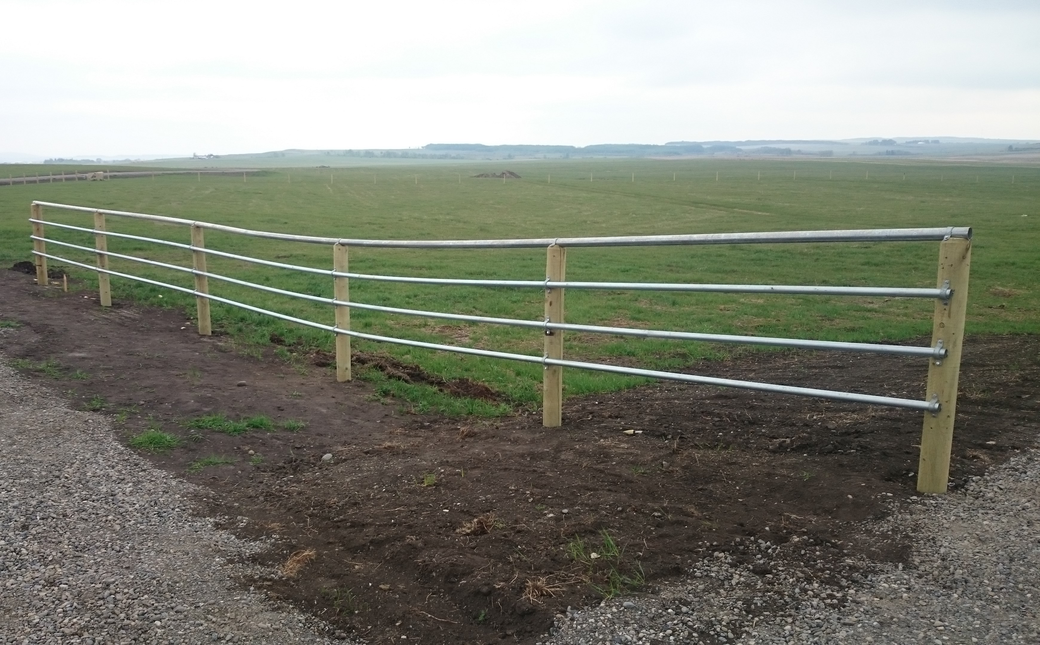 Continuous Pipe Fence | My CMS